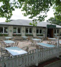 Gaststätte Zum Schrebergarten 9